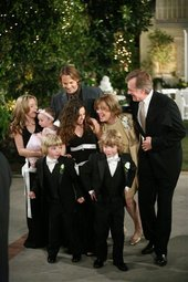 Do the Camdens of 7th Heaven enjoy wedding bliss?