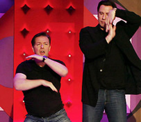 Extras Ricky Gervais and John Travolta