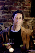 Tom Cavanagh in Love Monkey