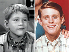 Ron Howard as Opie Taylor and Richie Cunningham