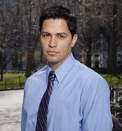 Jay Hernandez on Six Degrees on ABC