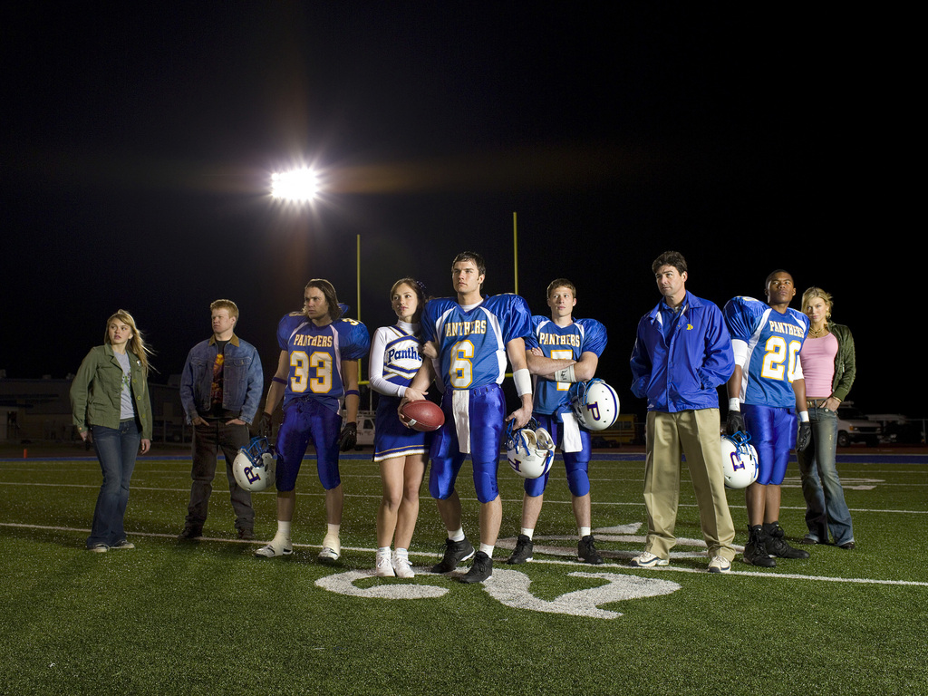 Friday Night Lights Why The Cast Was Banned From Playing