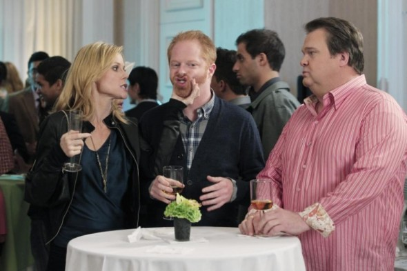 Modern Family season six renewal