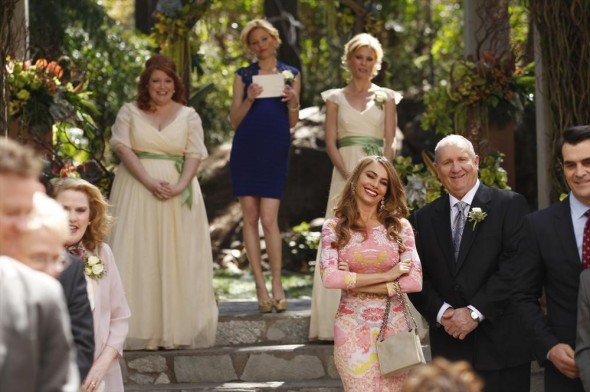 Modern Family wedding ratings