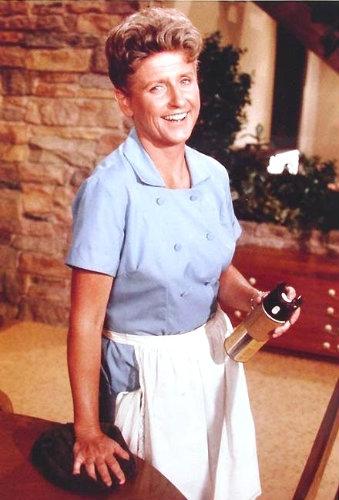 Ann B. Davis of The Brady Bunch dies