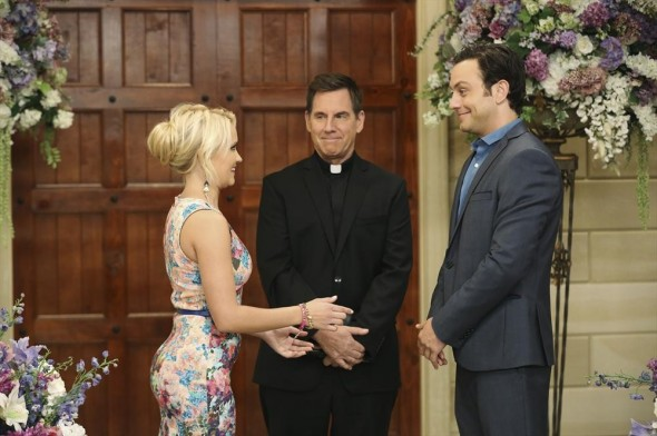 Young & Hungry TV show on ABC Family: cancel or renew for season 2?