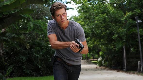 Graceland TV show on USA Network: season 3 or canceled?