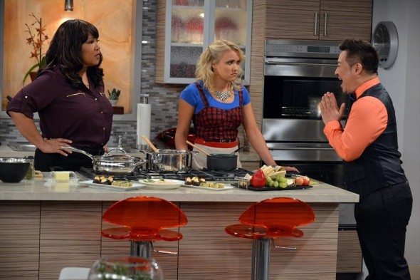 Young & Hungry TV show on ABC Family: season 2