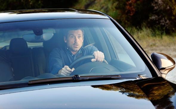 Greys Anatomy TV show on ABC: ratings (cancel or renew?)