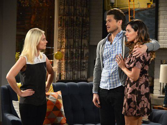 One Big Happy TV show on NBC: canceled, no season 2