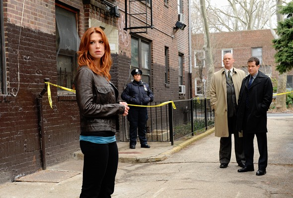 Poppy Montgomery heads to A&E for Unforgettable Season 4.
