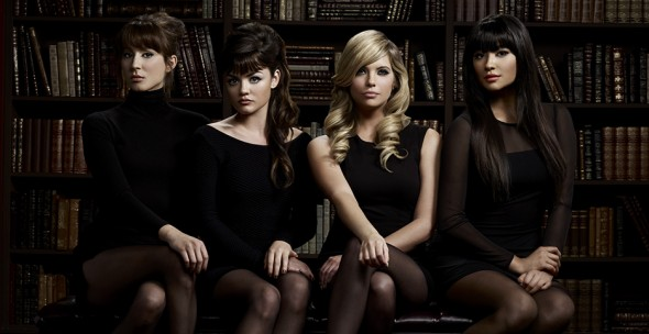 Pretty Little Liars TV show on ABC Family/Freeform season six; season 6B premiere; Pretty Little Liars: 5 Years Forward