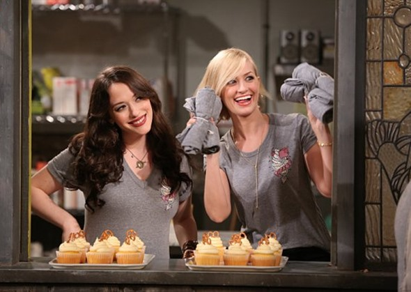 two-broke-girls-premiere