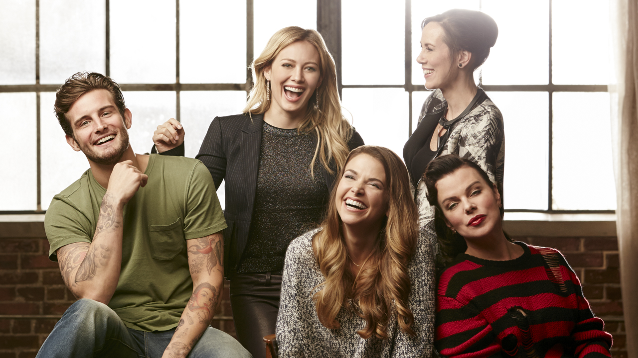 Younger: TV Land Previ... Hilary Duff Cast