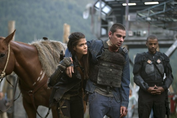 The 100 TV show on The CW: season 3 (canceled or renewed?)
