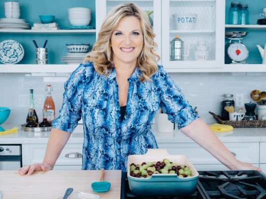 Trisha's Southern Kitchen TV show on Food Network season seven