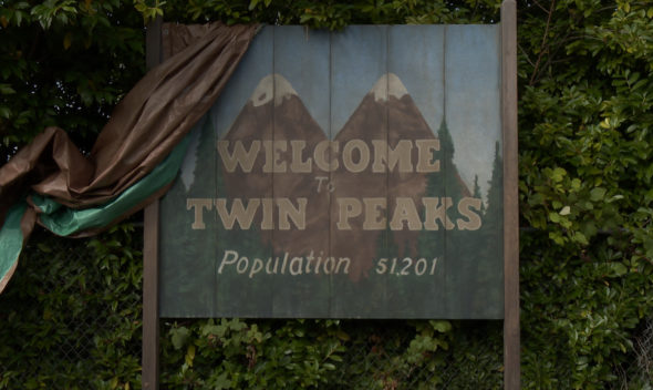 Twin Peaks TV show on Showtime: season 1 (canceled or renewed?)