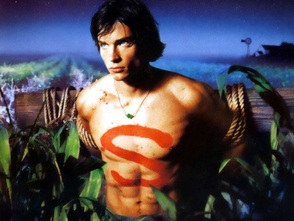 Smallville TV show on the WB and the CW: Tom Welling on reprising role on Supergirl TV show on CBS