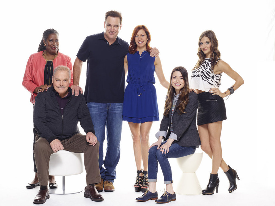 Crowded: NBC Releases New Comedy Cast Photos - canceled TV ...