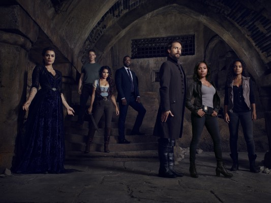 Sleepy Hollow TV show on FOX: season three (canceled or renewed?)