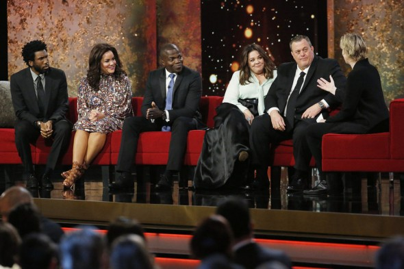 Pictured: (l-r) Nyambi Nyambi, Katy Mixon, Reno Wilson, Melissa McCarthy, Billy Gardell -- (Photo by: Trae Patton/NBC)