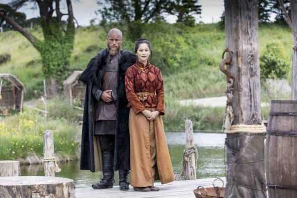 Ragnar (Travis Fimmel) & Yidu (Dianne Doan) Photo by Jonathan Hession/HISTORY Copyright 2016