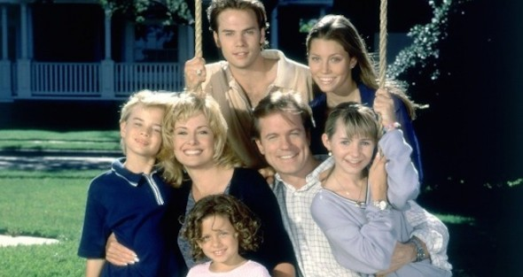 7th Heaven TV show on The CW: 20th anniversary (canceled or renewed?)