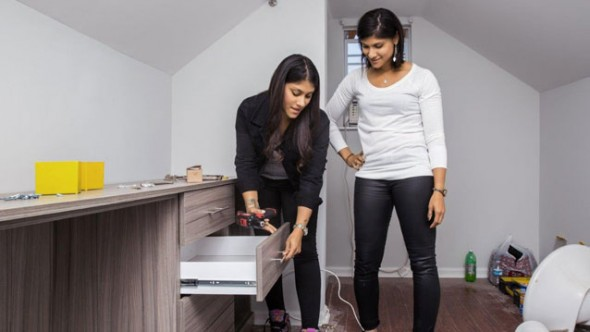 Listed Sisters TV show on HGTV: season one (canceled or renewed?)