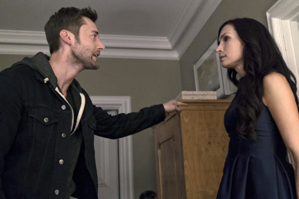 "THE BLACKLIST -- ""Alexander Kirk"" Episode 322 -- Pictured: (l-r) Ryan Eggold as Tom Keen, Famke Janssen as Susan ""Scottie"" Hargrave -- (Photo by: Virginia Sherwood/NBC)"