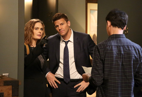 Bones TV show on FOX: season 11 (canceled or renewed?); Bones season 11B premiere mid-season