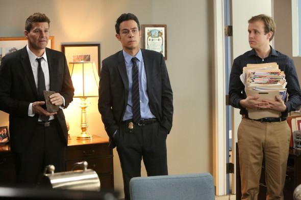 Bones TV show on FOX: season 11 (canceled or renewed?); Bones season 11B premiere mid-season