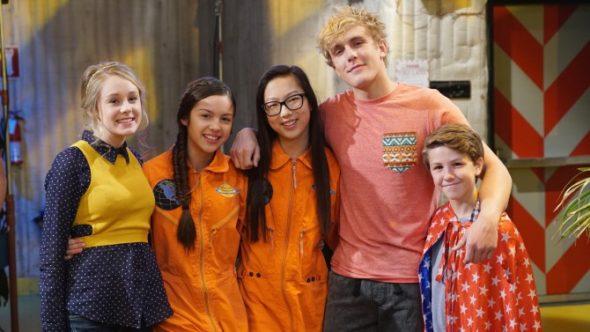 Bizaardvark disney channel series debuts in june for Craft shows on tv