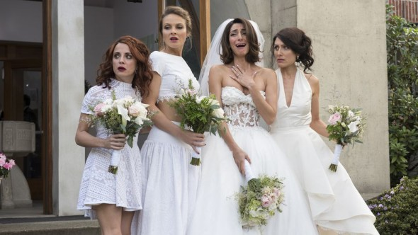 Girlfriends Guide To Divorce TV show on Bravo: season 3, season 4, season 5 renewals