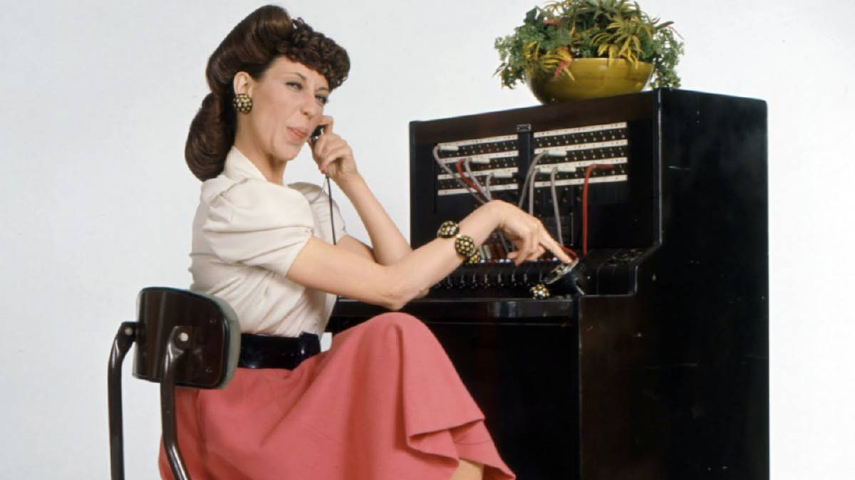 Old Fashioned Operator Switchboard Lilly Tomlin