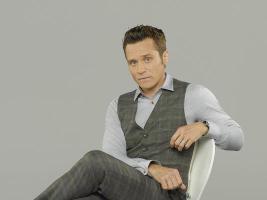 Castle TV show on ABC: season 8 (canceled or renewed?).