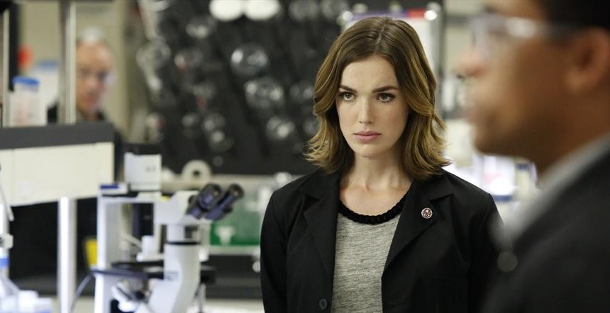 Marvel's Agents of SHIELD: Elizabeth Henstridge Teases ...