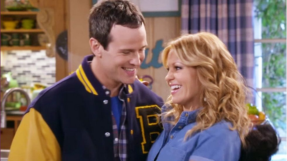 Fuller house original series roles being recast - House of tv show ...