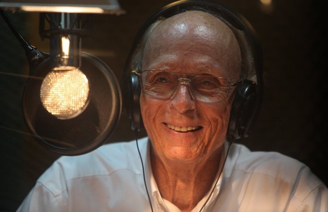 Nova Forensic Files Voice Over Icon Peter Thomas Dies At 91 Canceled Renewed Tv Shows Tv Series Finale