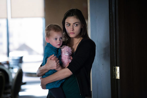 "The Originals -- ""The Bloody Crown"" -- Image Number: OR322B_0468.jpg -- Pictured: Phoebe Tonkin as Hayley -- Photo: Bob Mahoney/The CW -- © 2016 The CW Network, LLC. All rights reserved"