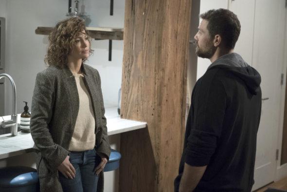 "SHADES OF BLUE -- ""One Last Lie"" Episode 113 -- Pictured: (l-r) Jennifer Lopez as Det. Harlee Santos, Gino Anthony Pesi as James Nava -- (Photo by: Peter Kramer/NBC)"