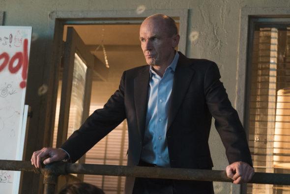 Halt and Catch Fire TV show on AMC: season 3 (canceled or renewed?).