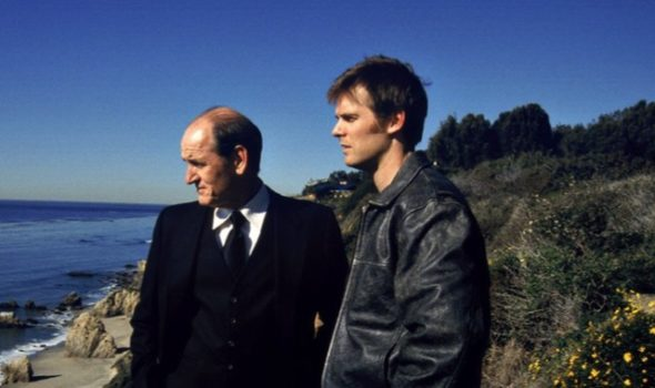 Six Feet Under TV show on HBO: season 5 canceled, no season 6. Six Feet Under complete TV series marathon.