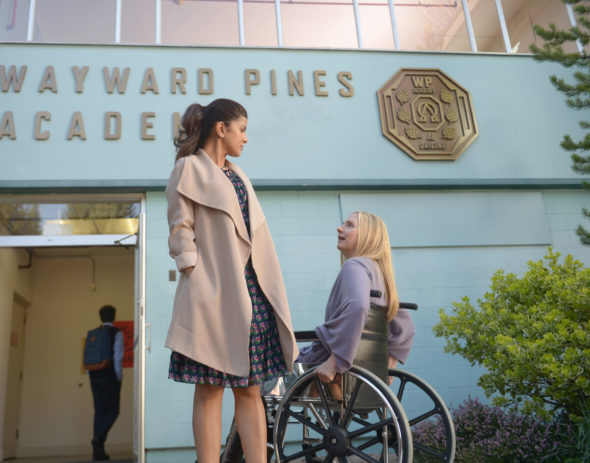 "WAYWARD PINES: L-R: Nimrat Kaur and Hope Davis in the ""Exit Strategy"" episode of WAYWARD PINES airing Wednesday, June 15 (9:00-10:00 PM ET/PT) on FOX. ©2016 Fox Broadcasting Co. Cr: Sergei Bachlakov/FOX"