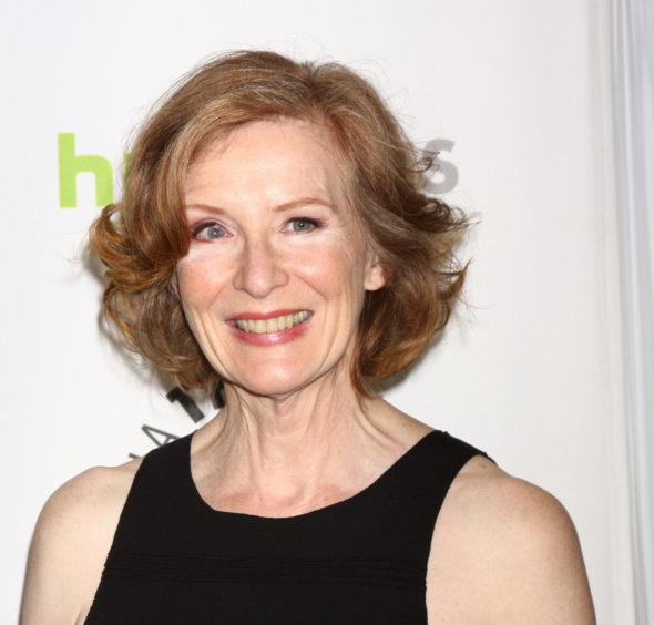Frances Conroy cast in The Mist TV show on Spike TV: season 1 (canceled or renewed?).