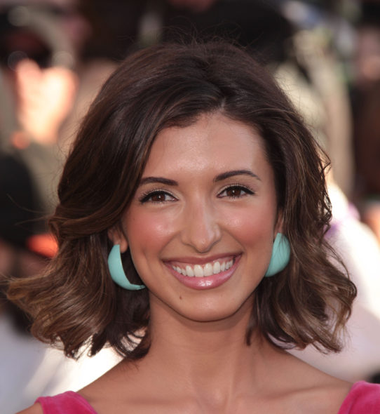 Younger TV show on TV Land: India de Beaufort to recur in season three (canceled or renewed?).