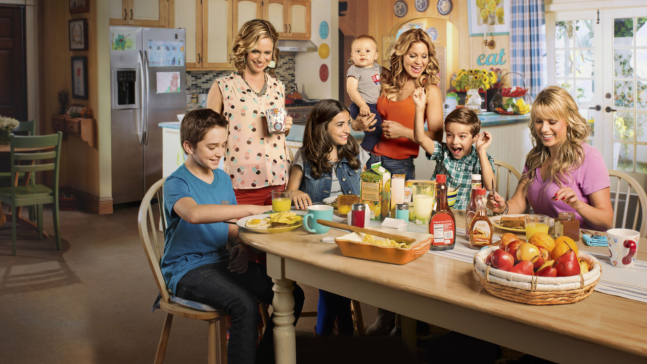 Brilliant Fuller House Netflix To Celebrate A Big Anniversary With Download Free Architecture Designs Scobabritishbridgeorg