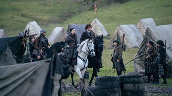Outlander TV show on Starz: season 3 (canceled or renewed?).