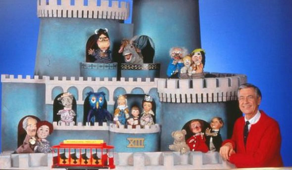 Mister Rogers Neighborhood Puppeteer Carole Switala Dies At 69 Canceled Renewed Tv Shows Tv Series Finale