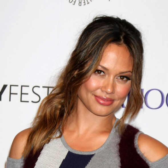 Vanessa Lachey cast in First Wives Club TV show on TV Land: season 1 (canceled or renewed?).