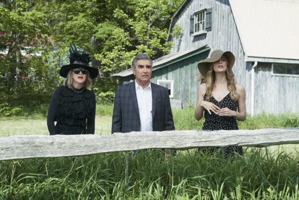 Schitt's Creek TV show on Pop TV: season 3 (canceled or renewed?).